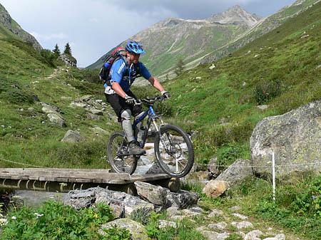 Brücke im Val Ravaisch